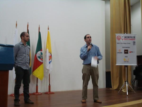 Flávio Maciel e André Gugliotti, no Encontro de Magento Commerce, em Porto Alegre - imagem: iPAGARE