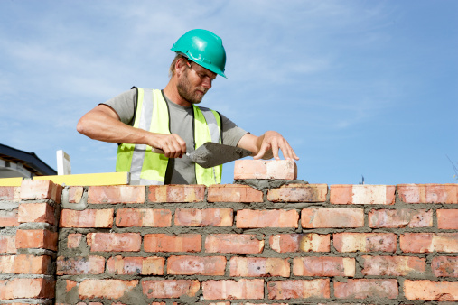 muro em construçõa - imagem: Alistair Berg/Digital Vision